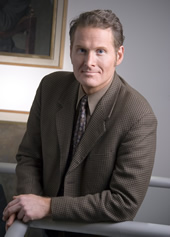 Prof. Erik Luna